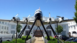 croydon airport plane on stilts